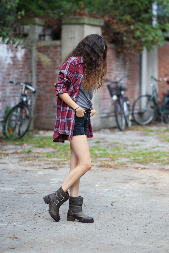 Plaid_boyfriend_shirt