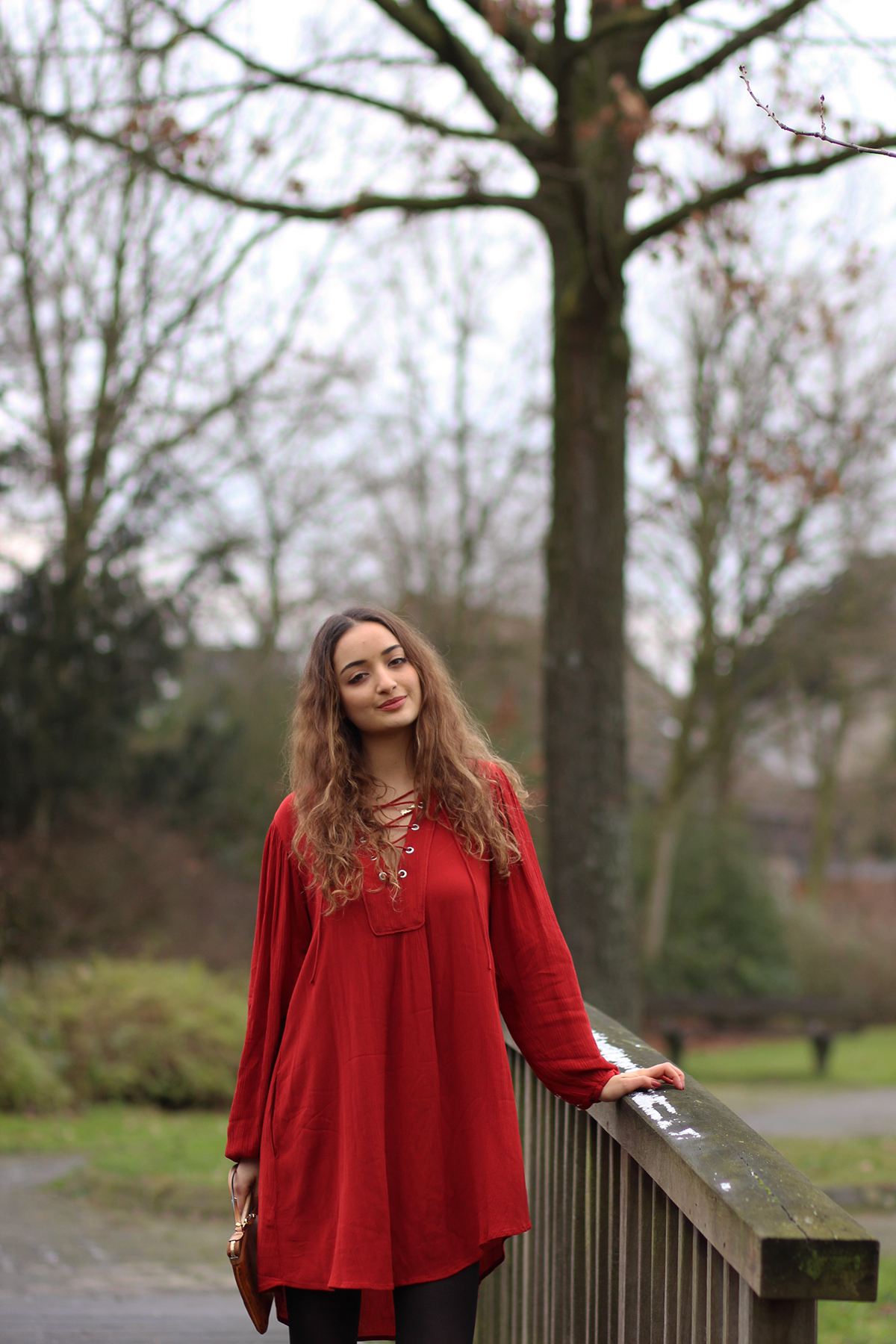 rotes_lace_kleid