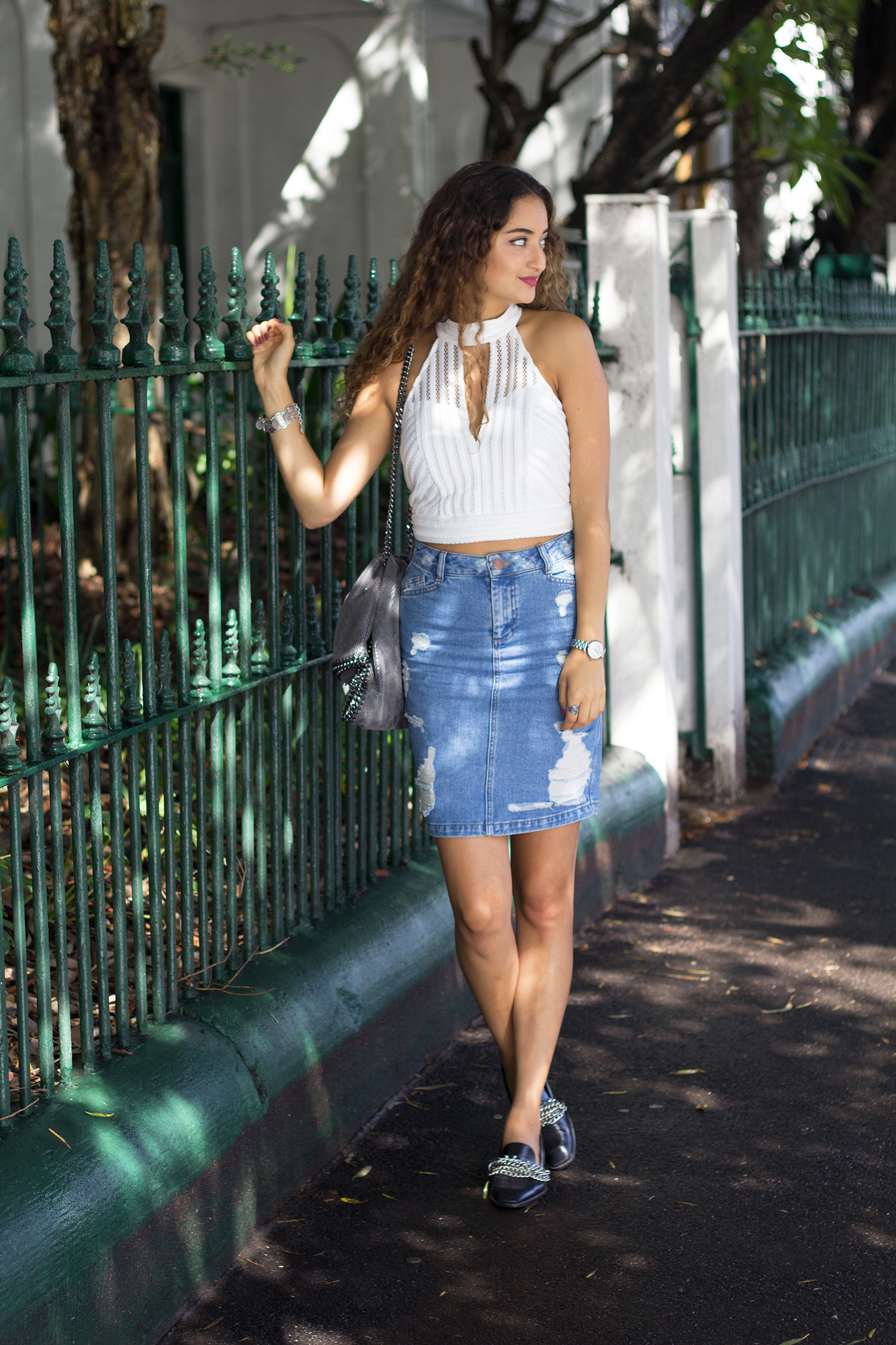 White_crop_denim-skirt