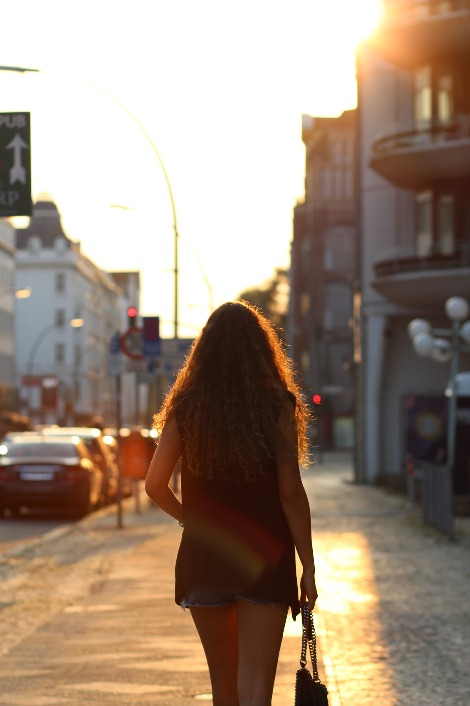 curly_hair_sunset2