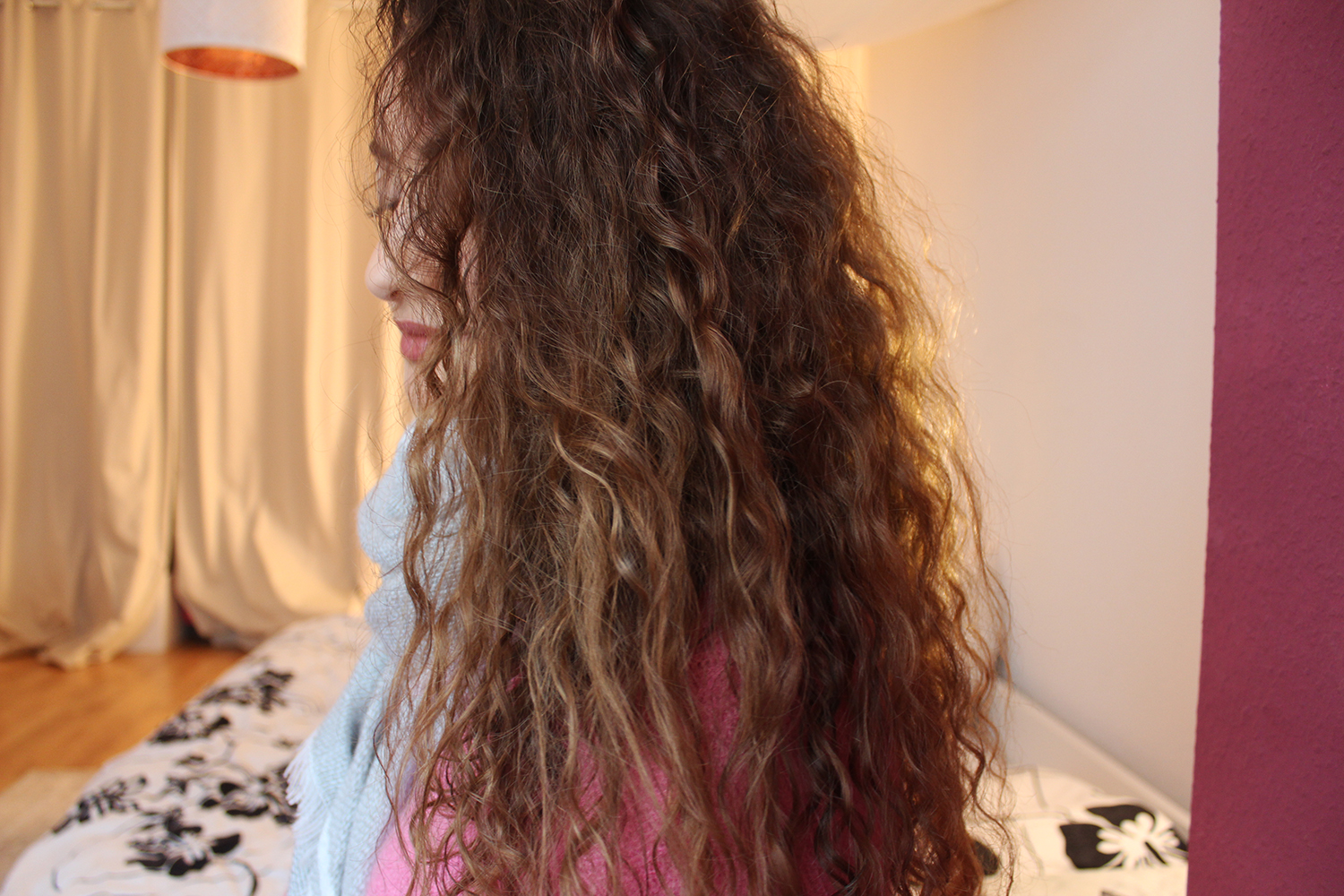 Locken Haarroutine