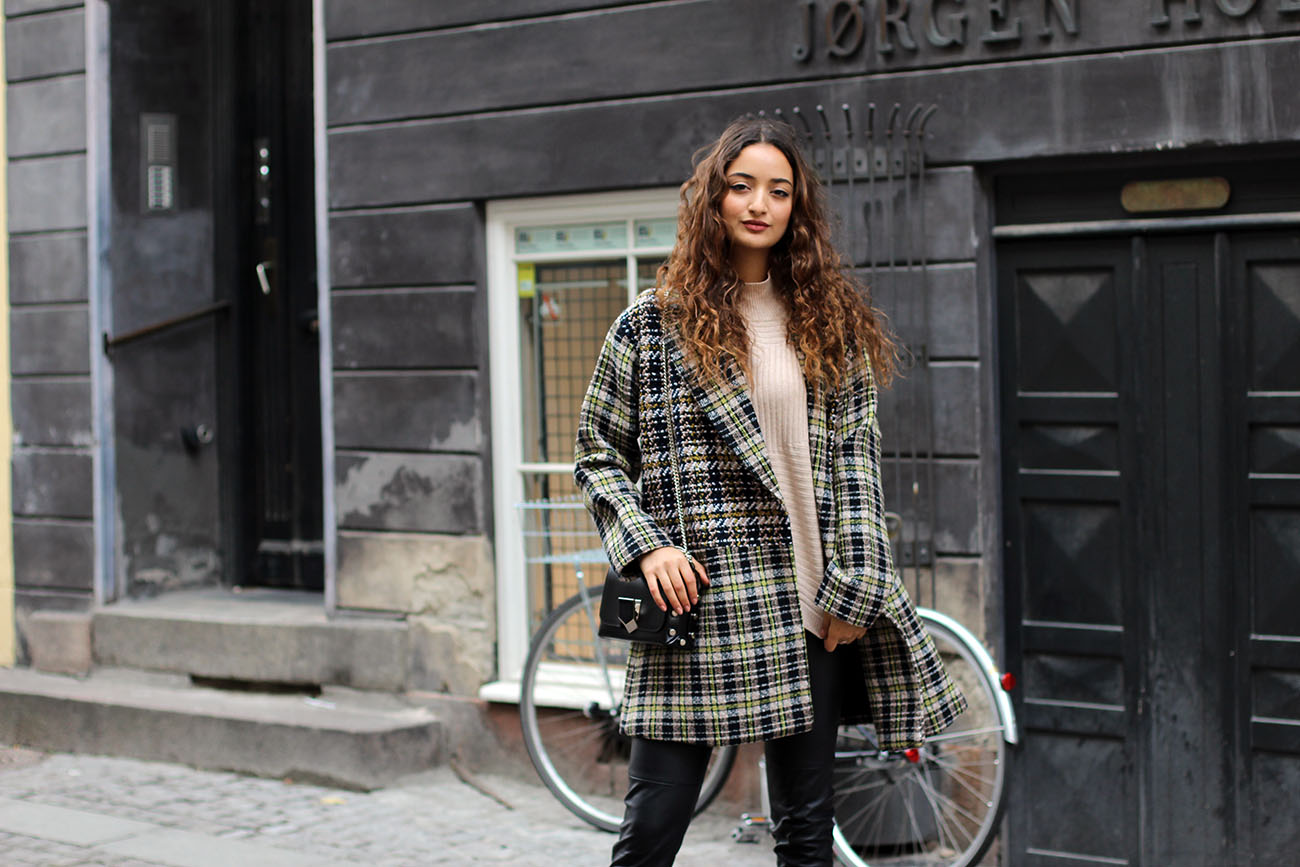 Plaid Coat Fashionblogger
